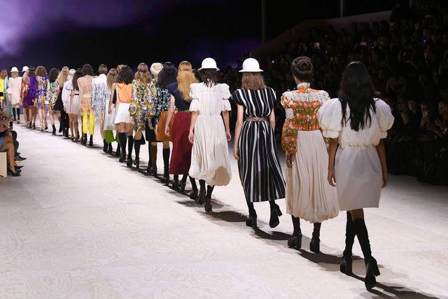 paris fashion week 2020 gaat door