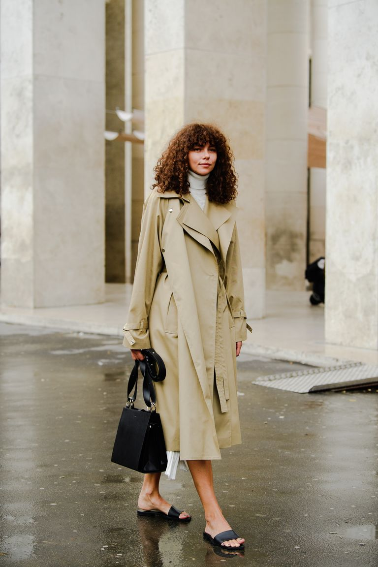 https://hips.hearstapps.com/hmg-prod.s3.amazonaws.com/images/paris-fashion-week-pfw-street-style-ss20-day-2-by-tyler-joe-034-1569691595.jpg?crop=1xw:1xh;center,top&resize=768:*