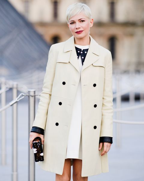 Clothing, Coat, White, Trench coat, Overcoat, Outerwear, Fashion, Street fashion, Sleeve, Beige,