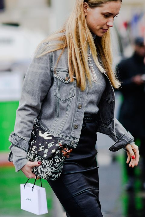 Hair, Street fashion, Clothing, Jeans, Blond, Denim, Beauty, Long hair, Hairstyle, Fashion,