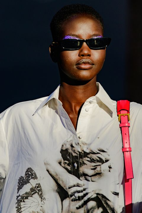 Eyewear, Cool, Glasses, Sunglasses, Fashion, Rapper, Music artist, Vision care, Black hair, Music,