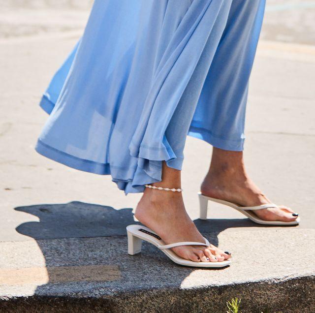 infradito con tacco, sandali moda 2019, sandali anni novanta