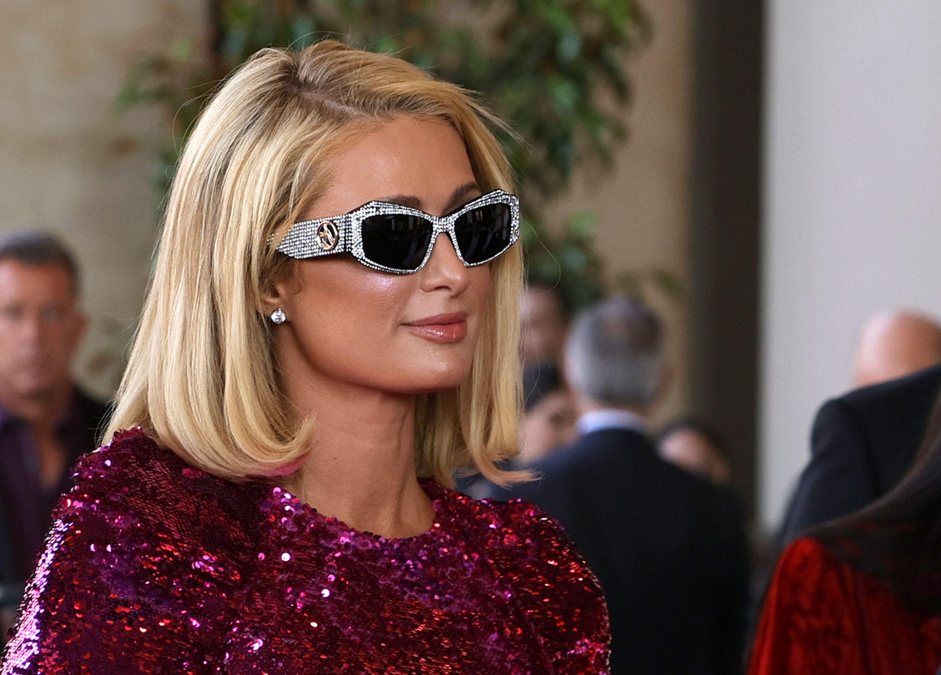 Why did Paris Hilton block Love Island's Chloe Burrows on Twitter?