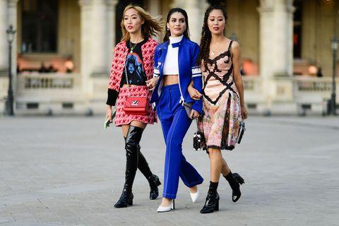 Street fashion, Fashion, Photograph, People, Clothing, Fashion model, Snapshot, Footwear, Shoulder, Tights,