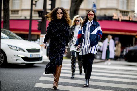Street fashion, Fashion, Street, Snapshot, Pedestrian, Footwear, Car, Vehicle, Infrastructure, Road,