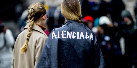 Street fashion, People, Fashion, Outerwear, Human, Crowd, Event, Headgear, Street, Photography,