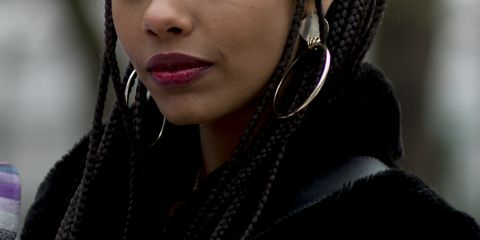 Hair, Face, Eyebrow, Hairstyle, Beauty, Lip, Cheek, Fashion, Black hair, Organ,