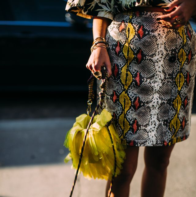 Yellow, Street fashion, Fashion, Footwear, Joint, Human leg, Leg, Knee, Outerwear, Dress,