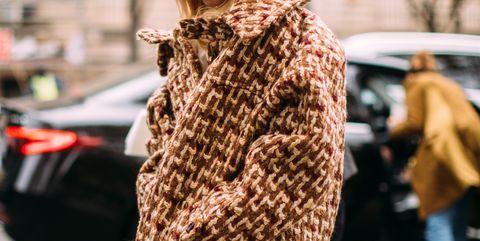 Clothing, Street fashion, Fashion, Fur, Shoulder, Outerwear, Yellow, Snapshot, Blond, Dress,
