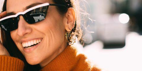 Eyewear, Sunglasses, Face, Hair, Glasses, Cool, People, Beauty, Head, Street fashion,