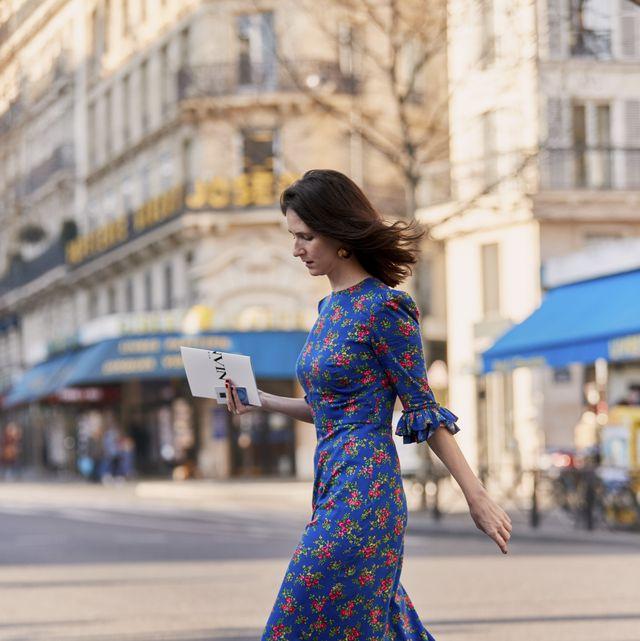 Blue, Street fashion, Cobalt blue, Photograph, Clothing, Dress, Fashion, Electric blue, Beauty, Snapshot,