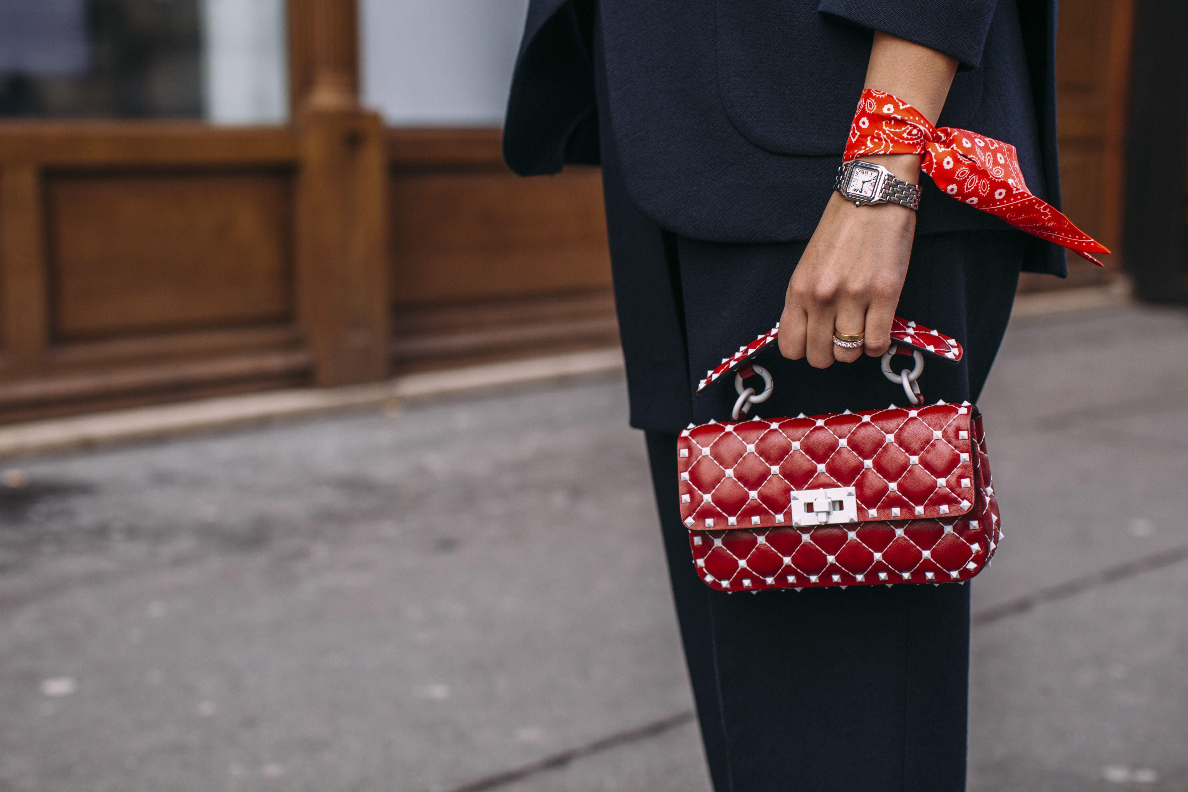 587bd4bdcd Borse Rosse 2019: #6 borse rosse firmate da indossare forever