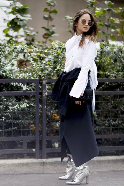 moda camicie 2019, moda camicie donna, come abbinare la camicia bianca, come abbinare la camicia azzurra, camicia bianca abbinamenti, camicia azzurra abbinamenti