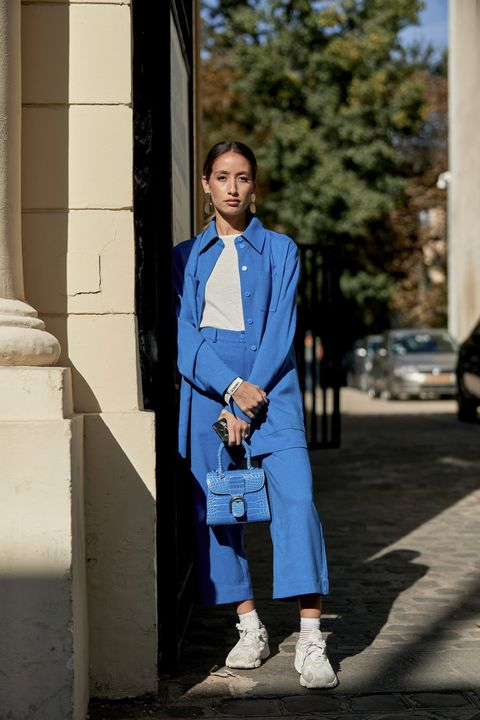 Blue, Street fashion, White, Photograph, Clothing, Denim, Electric blue, Fashion, Standing, Cobalt blue,