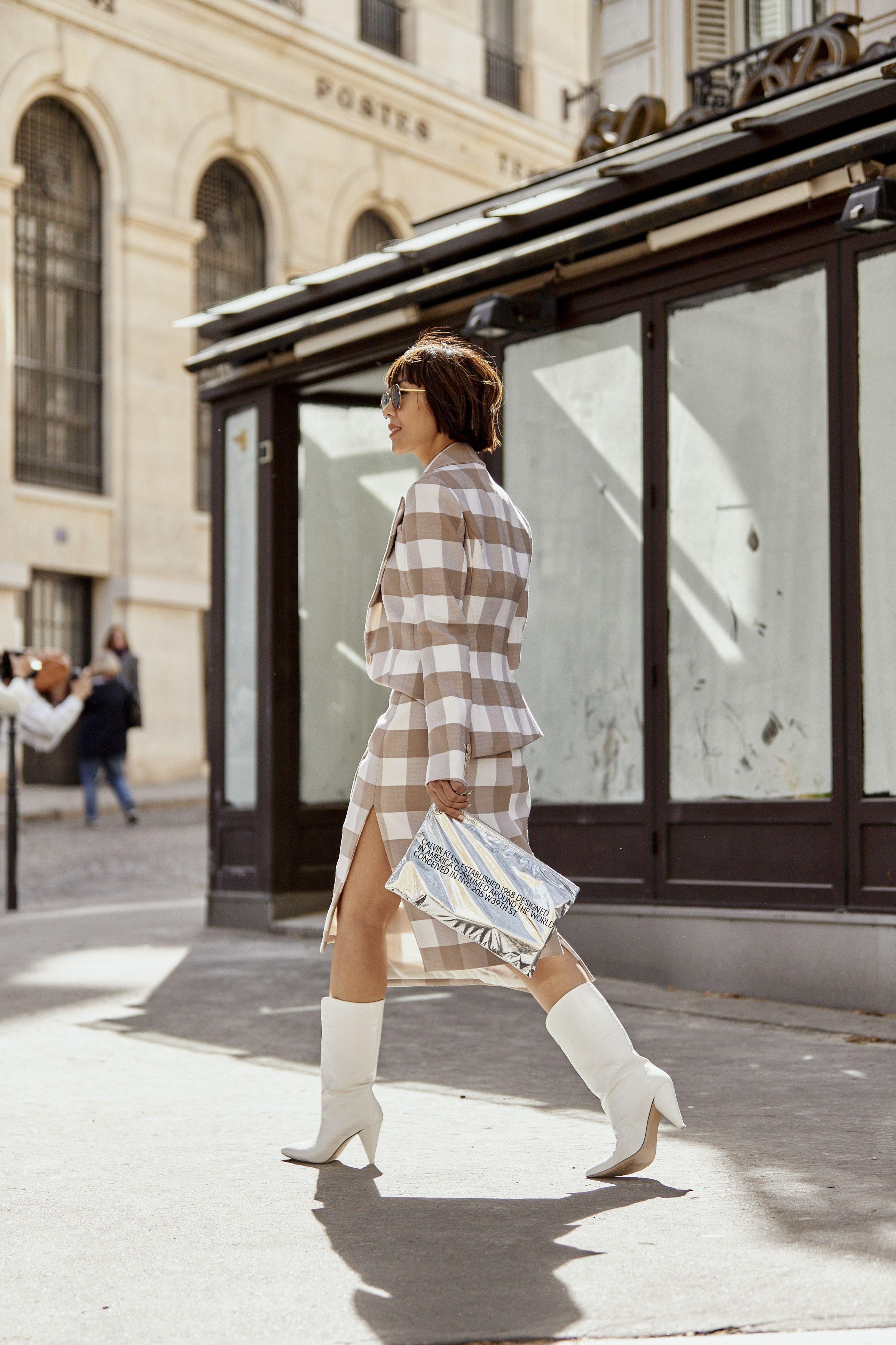 come abbinare gli stivaletti bianchi, moda stivalibianchi