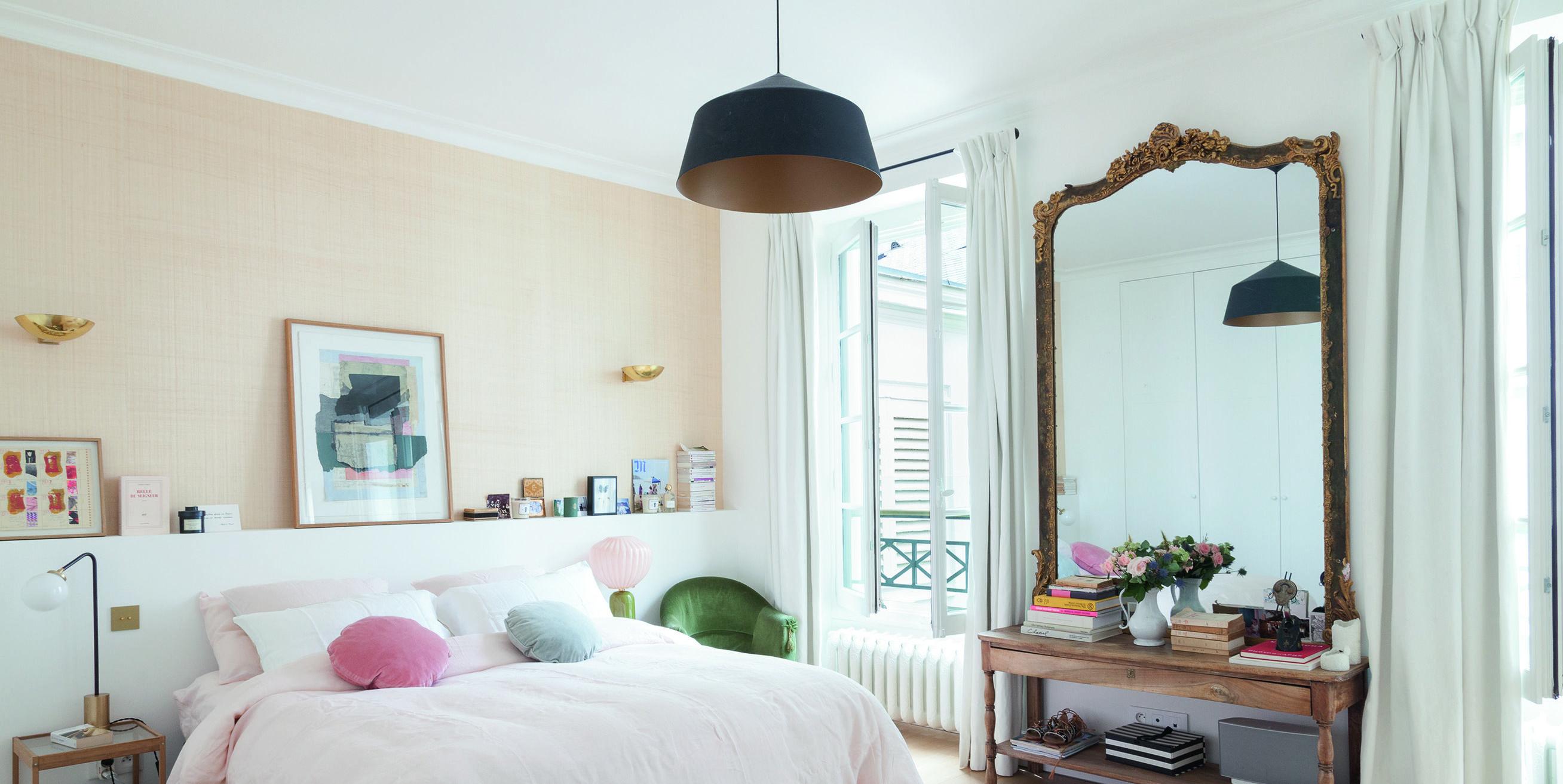Parisian Chic at Home book