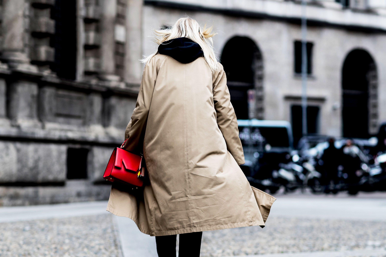 Saldi Inverno 2019: 5 cappotti blu AFFARE
