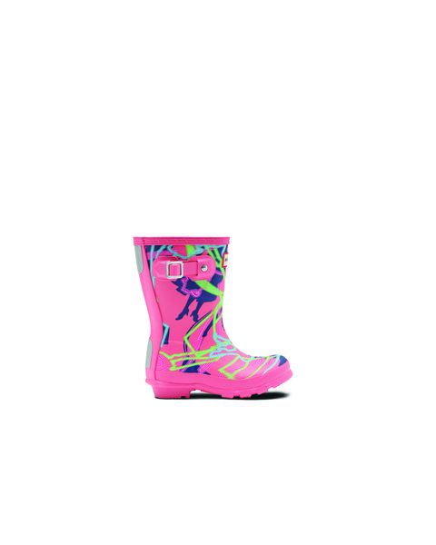 Footwear, Pink, Turquoise, Boot, Shoe, Rain boot, Magenta, Turquoise, Snow boot,