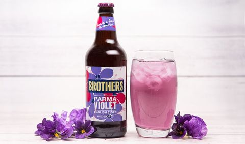 Drink, Purple, Alcoholic beverage, Bottle, Beer, Non-alcoholic beverage, Distilled beverage, Tinto de verano, Plant, Liqueur,