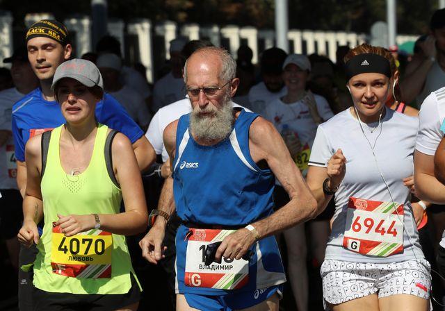 medio maratón en moscú con veteranos de categoría máster