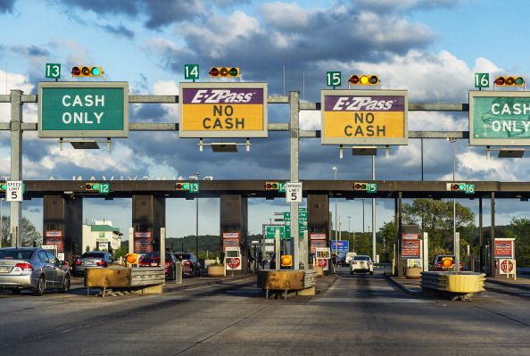 e z pass toll booth