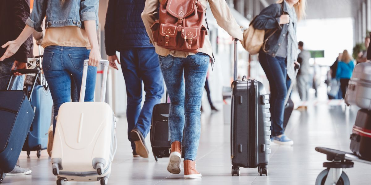 Survey The Top 5 Airports to Hook Up in