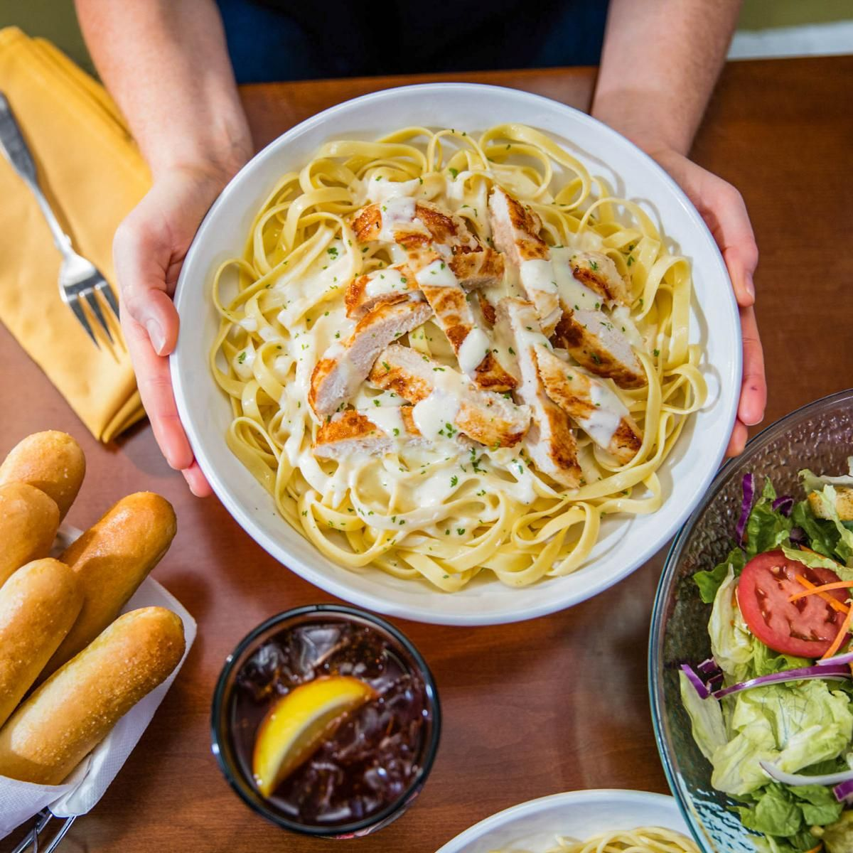 The Best Deals You Can Scoop Up For National Pasta Day This Year