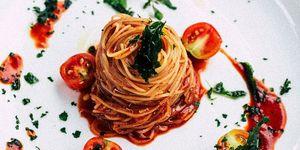 Pasta al pomodoro ricetta: come si fa secondo Simone Rugiati