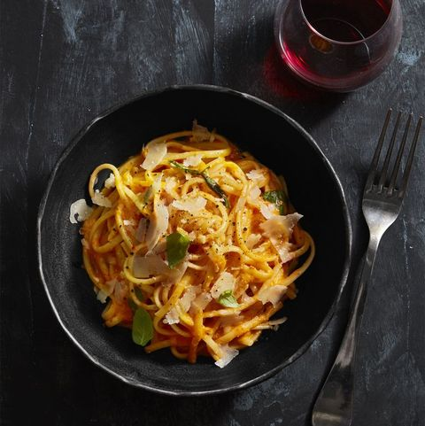 pasta with red pepper alfredo   easy pasta recipes