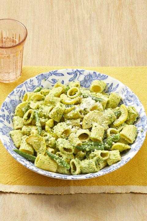 pasta with zucchini pesto