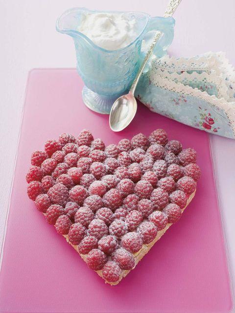 Tarta corazón de frambuesas