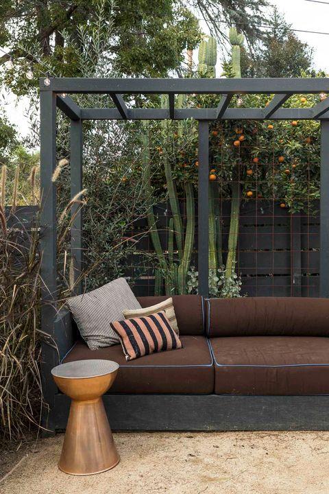 outdoor furniture decorating ideas