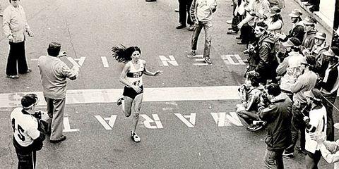Patti Dillon finishing 1981 Boston Marathon