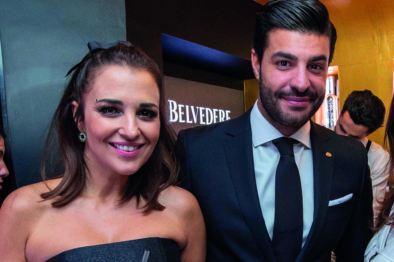 Paula Echevarría nos cuela en la fiesta de 'Velvet' con Miguel Torres