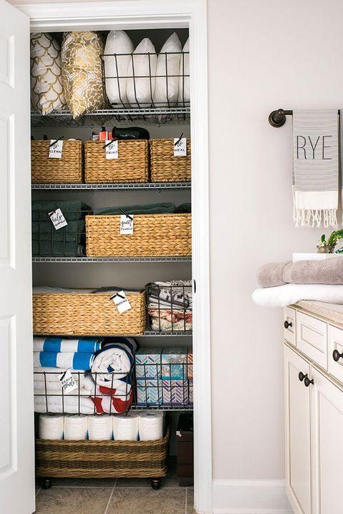 Shelf, Room, Property, Furniture, Bathroom, Shelving, Interior design, Wall, Home, Cabinetry,