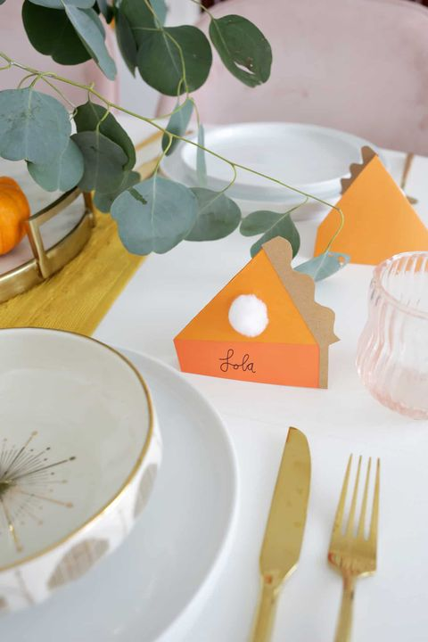 pumpkin pie place cards