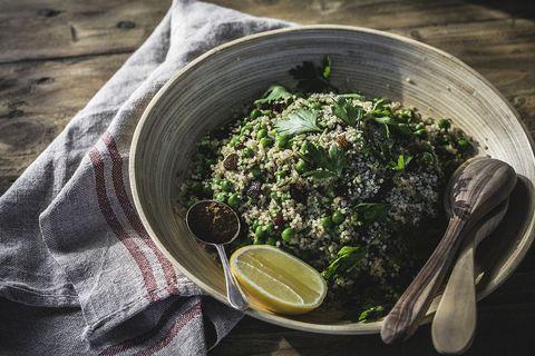 Quinoasalade met kruiden