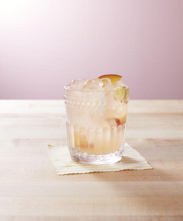 Peach Ginger Lemonade