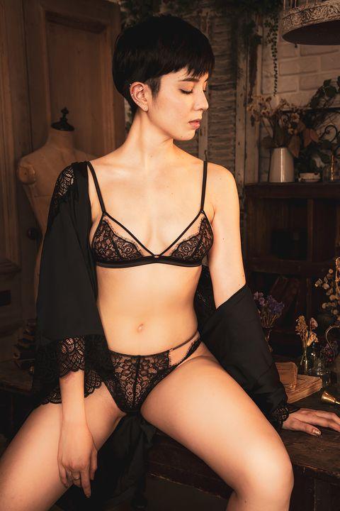 Lingerie, Clothing, Undergarment, Brassiere, Agent provocateur, Lingerie top, Underpants, Undergarment, Leg, Fetish model,