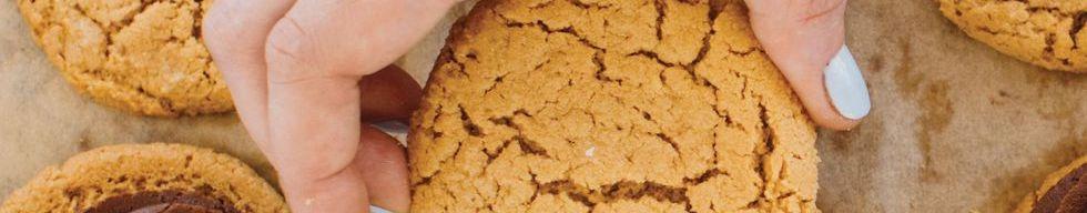 Олдскульные бутерброды с арахисовым маслом и печеньем