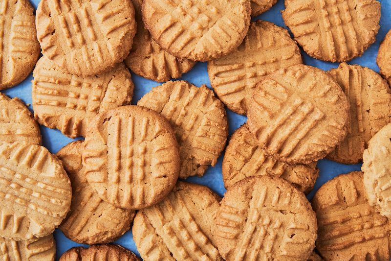 Easy Peanut Butter Cookies Recipe How To Make The Best Homemade Peanut Butter Cookies Delish Com