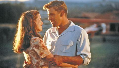 Kate Beckinsale y Ben Affleck en una escena de 'Pearl Harbor'