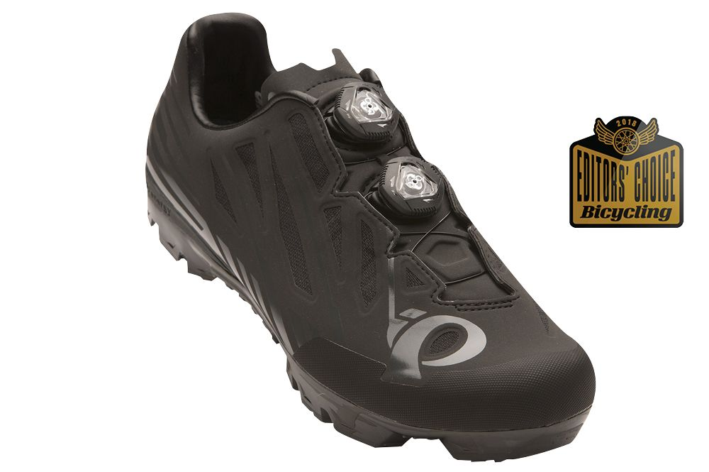 Best Mountain Bike Shoes - Flat and Clipless Shoes for Trails