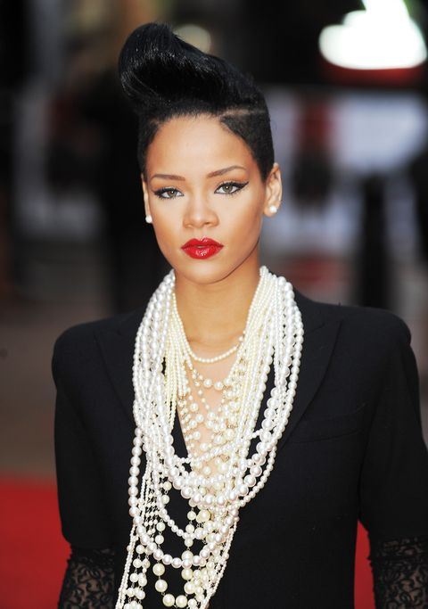 rihanna's best jewellery   pearls