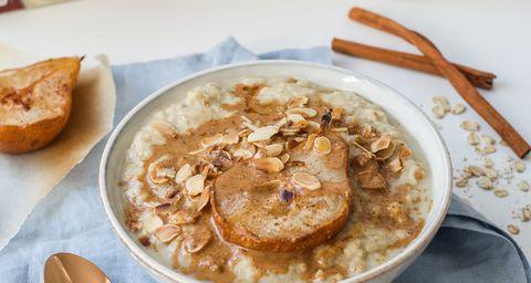 Dish, Food, Cuisine, Ingredient, Porridge, Complete wheat bran flakes, Breakfast cereal, Oat, Meal, Breakfast,
