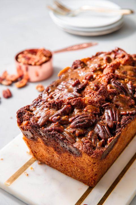 Dish, Food, Cuisine, Banana bread, Ingredient, Dessert, Baked goods, Pumpkin bread, Snack cake, Produce,