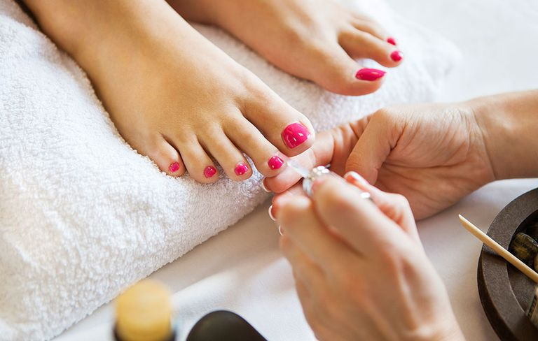 Indiana Woman Hospitalized With Foot Infection After Pedicure