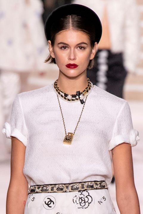 Clothing, Lip, Sleeve, Shoulder, Jewellery, White, Style, Fashion accessory, Fashion model, Street fashion,
