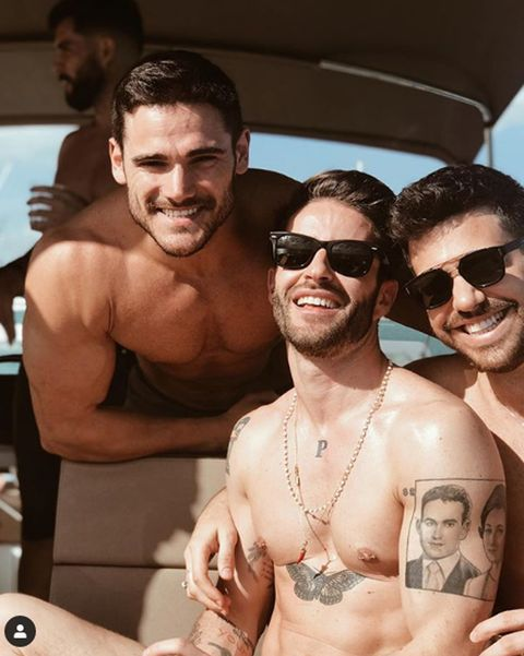 Barechested, Muscle, Eyewear, Fun, Chest, Vacation, Selfie, Event, Photography, Chest hair,