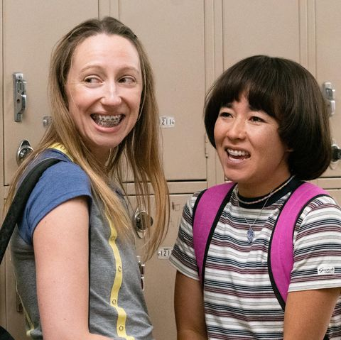 pen15    play   episode 206    the school play has been cast maya has the opportunity to get her actual first kiss anna struggles to find herself anna kone anna konkle and maya ishii peters maya erskine, shown photo by lara solankihulu